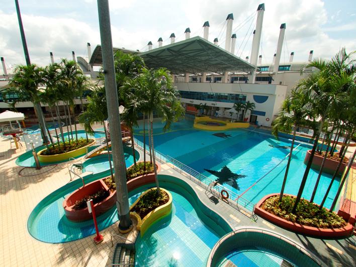 Children private swimming lessons
